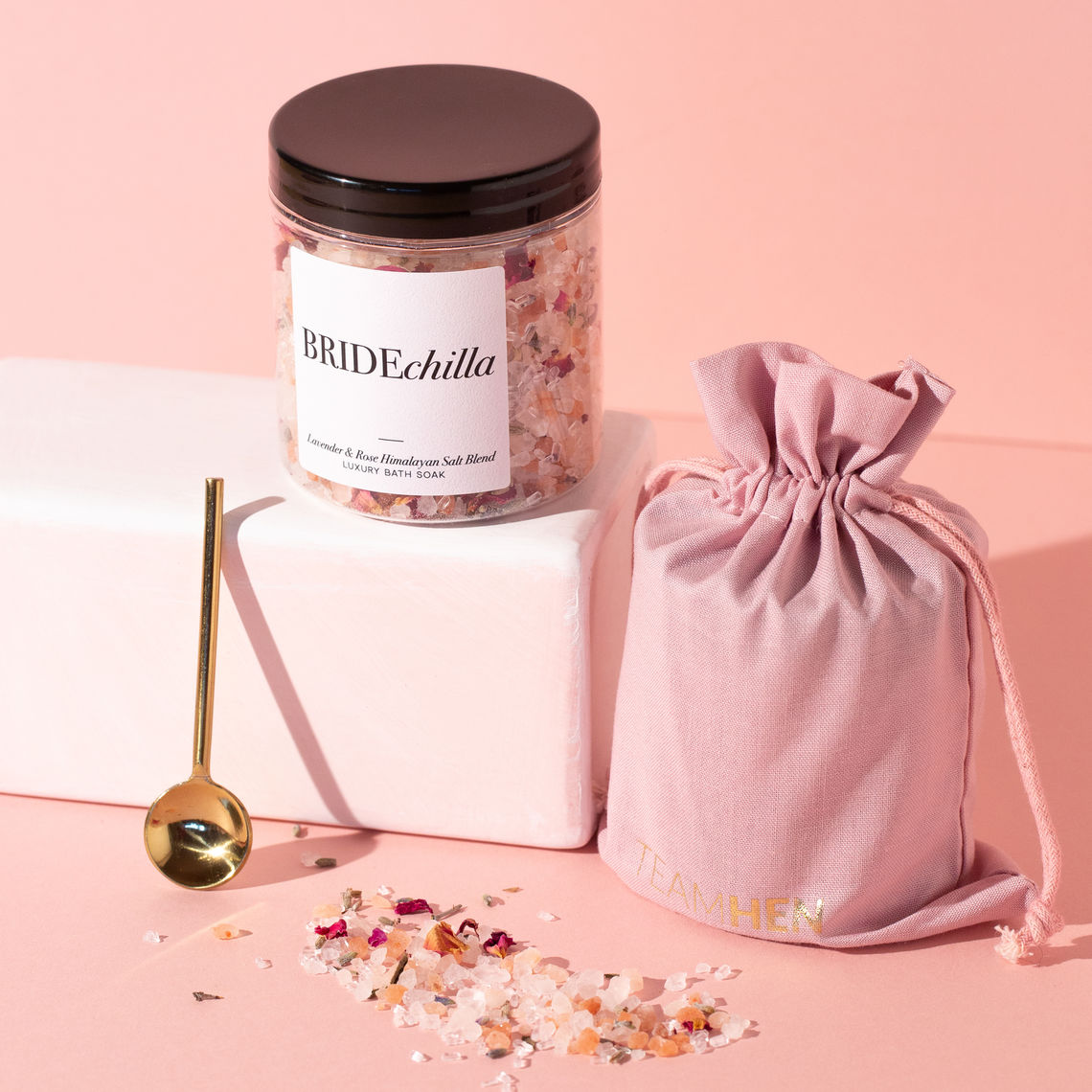 team hen luxury bridechilla himalayan salt blend bath soak 8 99
